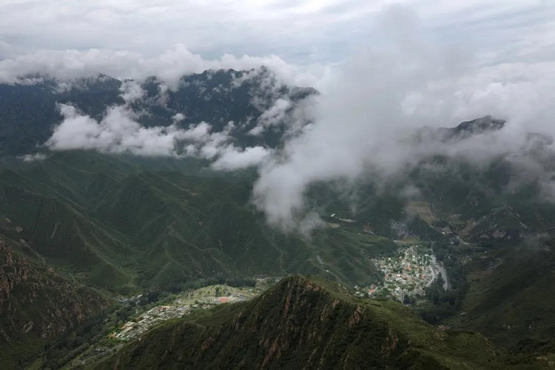 青山缭绕升云雾,美景只在野三坡!  第3张