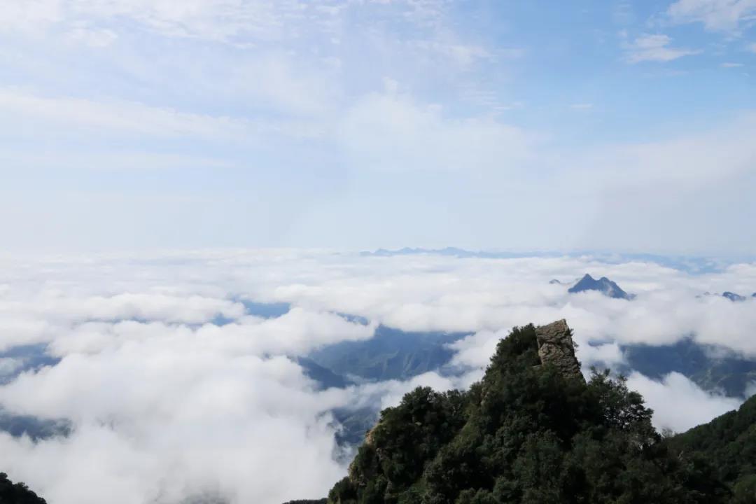 青山缭绕升云雾,美景只在野三坡!  第4张
