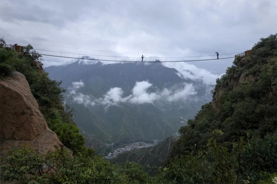 青山缭绕升云雾,美景只在野三坡!  第9张